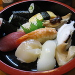 道楽寿し - 寿司盛合せ