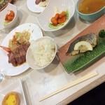 東照館 - 料理写真:今日からテニス合宿! 夕飯♡ お肉ありお魚ありー(≧∇≦) 思っていたより美味しかったです!