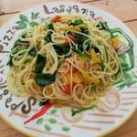 HOME - 3種の野菜のペペロン