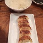 29298901 - セットのご飯と餃子