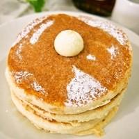 パンケーキcafe あいあん - プレーンパンケーキ3枚メープルシロップ・バター付