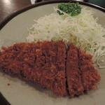 津々美 - とんかつ定食735円