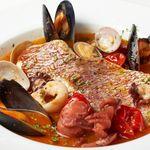 ピッツェリア バール ナポリ - 真鯛とたっぷり魚介類のアクアパッツァ