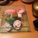 Shiratorikourahonten - 夕顔 三の膳 寿司盛り合わせ