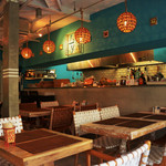 Micasadeco&Cafe - 温かみのある暗めの照明が癒し空間を演出