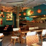 Micasadeco&Cafe - バリの家具が可愛い店内