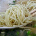 ドルフィン - 「大もりラーメン」ストレートの中細麺