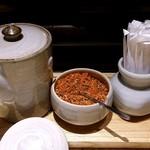 藁焼きと四国料理88屋 - はちはちや 丸の内店 卓上調味料類