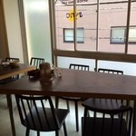sync - 大きめテーブル席が3卓!