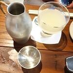 29324578 - グラスで無濾過・濁り冷酒&錫の徳利&お猪口で熱燗