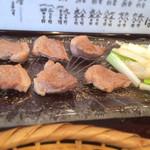 29332230 - 鴨と葱はフライパンで焼いて別皿で出て来ます