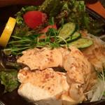 29336496 - 自家製豆腐サラダ(¥580)