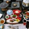 芦ノ牧グランドホテル - 料理写真:夕食の葵の膳ですw このほかに揚げたて天ぷらと暖かい茶碗蒸しがつきますw 宿泊料を考えると破格の待遇ですw