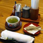 本庄うなぎ屋 - お茶とうなぎボーン