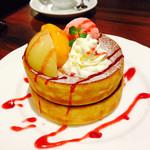 星乃珈琲店 - 桃のパンケーキ
