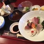 魚ダイニング光 - ダイナミック定食(1500円+税)
