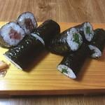 いろは寿司 - 鉄火巻&しそ巻