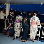 東京湾納涼船 - 船内