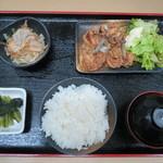 港鶴 - 定食