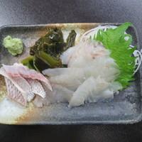 港鶴 - 鯛のお刺身