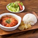 breaq - 鶏のトマト煮込み900円