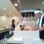 麺屋 たけ井 - 清潔感を感じる店内