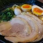 たくみ家 - 油少なめ・味普通・麺硬め