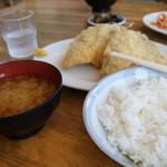見晴亭 - 500円アジフライ定食