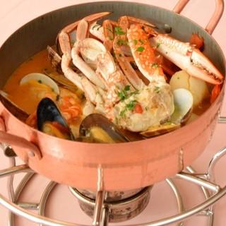 ◆海辺のレストランで楽しむ極上のブイヤベース!