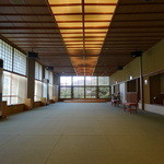 kizunapurasu - (2014年7月)とても広い屋内ドッグラン。クーラーが効いているので真夏でも安心。