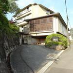 kizunapurasu - (2014年7月)玄関の車寄せ