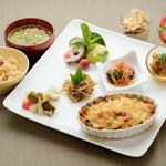 ビオクラスタイル クッキングスクール カフェ - 板麩のラザニア風~トマトとビオクラ豆乳ソースディナー