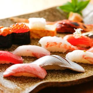 お寿司はリーズナブルで且つ、安心して食べられます!