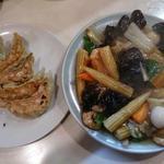 29383175 - 八宝菜、餃子@あづま(2014年1月11日)