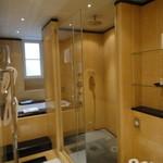 Bayerischer Hof  - シャワールーム