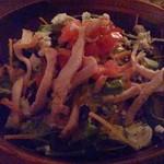 コモードキッチン - パリパリトルティーヤとチーズのコブサラダ