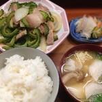 とんかつ 安右衛門 - ゴーヤの豚バラ炒め定食
