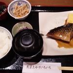 魚菜おかずいろいろ - 鯖煮つけ定食