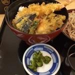 美濃屋 文右衛門 - 天丼アップ