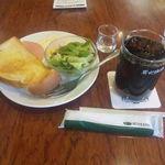 珈琲館 - 炭火アイスコーヒー(470円)+目玉焼き&バタートースト(160円)