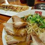 らぁめん力王 - バリ旨餃子 ちゃあしゅう麺