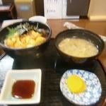 29426926 - うに丼(1800円)