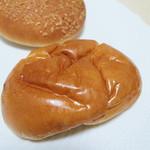 パルファン - 人気NO5クリームパン(120円)