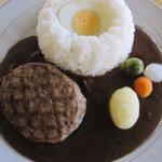 B Bear - ハンバーグカレー850円、サラダ付