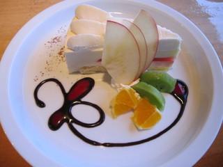 阿蘇小町カフェ - ケーキセット960円のセットケーキ