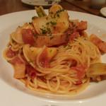 TRATTORIA Alioli - 野菜と海老のアラビアータ(1,177円)