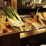 29443008 - 鮮度抜群の食材たち=鮎、帆立、玉葱‥