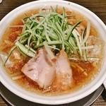 麺匠ぼんてん - 冷やしラーメン(醤油・太麺)800円
