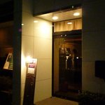 Obico wine bar - 大人の雰囲気を醸し出す照明