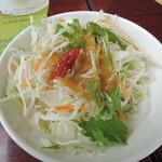 バーミヤン - 餃子・サラダセット(299円税抜)のサラダ